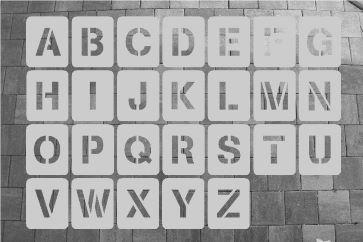 Buchstabenschablone zum Sprühen